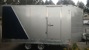 2013 snow king enclosed heated trailer