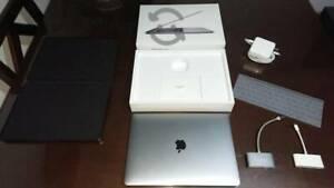 Impecable Macbook Pro 13 gris Espacial Touch