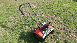 King Canada Snow Thrower