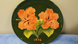 MOORCROFT 1986 Collectors Plate - LIMITED EDITION