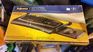 Keyboard drawer with slide out mouse tray