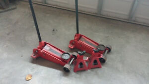 Car stands and jacks