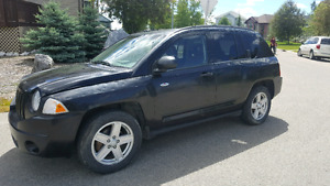 2008 JEEP COMPASS $2900 OBO!! *LOW KMS*