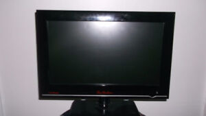 """Selling a 15"""" Led tv. I believe it is made my LG. It says Tim Ho"""