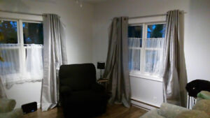 Small Newly Renovated 2 Bdrm House for Rent (Newcastle)