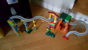 Piste de train et lego