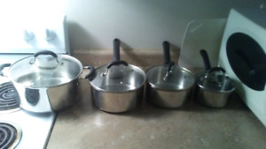MASTER Chef 12 Peice Stainless Steel Cook Ware!