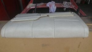 For Sale mustang 1972/1971 Rear Seat and Sun Visors