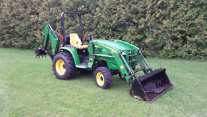 3320 John Deere Loader Backhoe