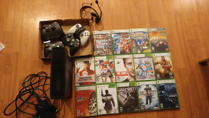 4GB Xbox 360 with 14 games, 4 controllers &headset