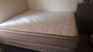 (REDUCED) KING SIZE BED