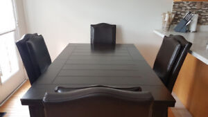 Exclusive Dining Table Set – TOP QUALITY