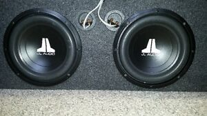 """Speaker Box with 2 x amps, 2x 6x9 speakers and 2x 10""""subs Cornwall Ontario image 2"""