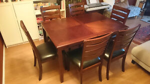 Dining set (dining table with 6 chairs)