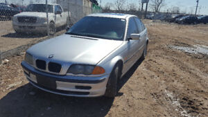 2001 BMW 3 SERIES JUST IN FOR PARTS AT PIC N SAVE! WELLAND