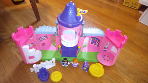 Fisher Price Little People Pink Castle