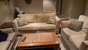 Living room  set couch. Love seat 2 end tables and coffee table