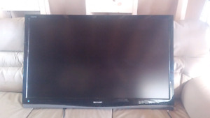 43 inch sharp aquos led tv