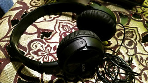 Sony headphones BRAND NEW