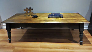 Rustic Coffee Table/Table de Cafe Rustique