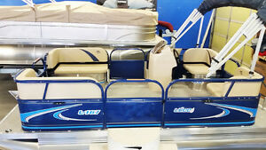 New 14Ft COMPACT PONTOON WITH 4 STROKE OUTBOARD
