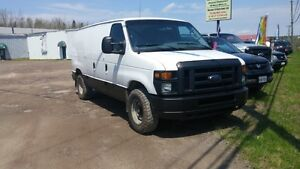2008 FORD E250 CARGO VAN   LOOKS AND RUNES WELL