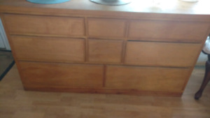Drawers and hope chest for sale