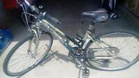 LIKE NEW Ladies Crosswind K2 Bike