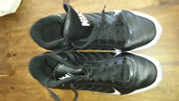 Nike football cleats size 13/ Souliers football Nike pointure 13
