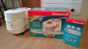 Humidificateur Honeywell QuietCare HCM-6009