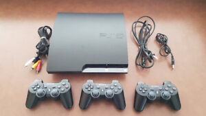 PS3 - 3 Controllers - 10 games - GOOD CONDITION
