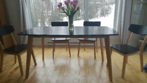 Dining Table only, solid wood, 1 yr old, 3'x5'