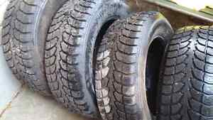 Set 225/60/16  Winter claw tires