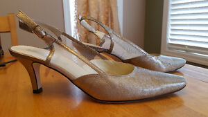NEW Never Worn Beautiful special occasion shoes - narrow width