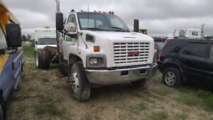 GMC 7500 Roll Off