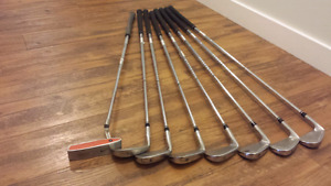 Nike golf clubs . Good condition.
