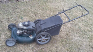 Gas lawn mower Craftsman with bag in good working condition