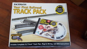 "BACHMANN ""YOUR FIRST RAILROAD TRACK PACK"""