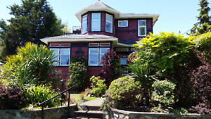 Victoria - South Oak Bay 4 Bdrm House for Rent Water Views