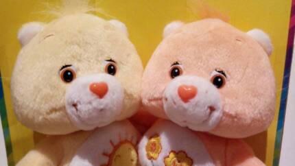 Carebears cuddle pairs Funshine & Friend Bear