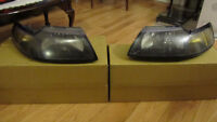 99'-04' Ford Mustang Headlights (Pair)