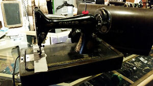 Singer Sewing Machine Vintage