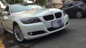 2011 BMW 328i xdirve Low km