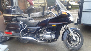 WANT THEM SOLD!!! DO NOT RIDE 2 GOLD WINGS + EXTRA PARTS Belleville Belleville Area image 4