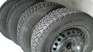 Winter Tires with rims (4 screws) in very good condition