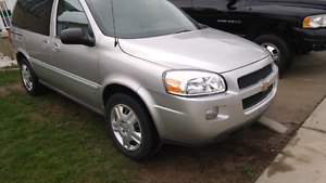 2009 Chevy uplander ONLY 125000KMS