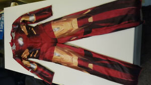 Free Halloween costume.  Iron man. Child sz small (4-6) NO MASK