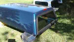 Truck cap off 2009 ford 250 superduty full 8 ft box