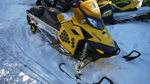 2010 Ski-Doo MX Z Renegade 800R Power T.E.K.