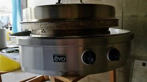 large evo natural gas grill. Edmonton Edmonton Area image 1